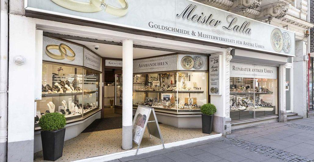 Frontansicht des Ladengeschäfts von Uhrmachermeister & Goldschmied Meiste Lalla in Hamburg St. Georg